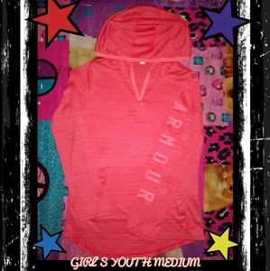PREOWNED~ GIRL'S  MEDIUM UNDER ARMOUR PULL-OVER